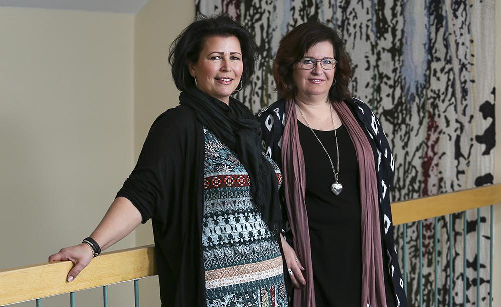Anette Ingevall och Birgitta Engvall, Östhammars Socialförvaltning. Foto: John Ash Redforsen