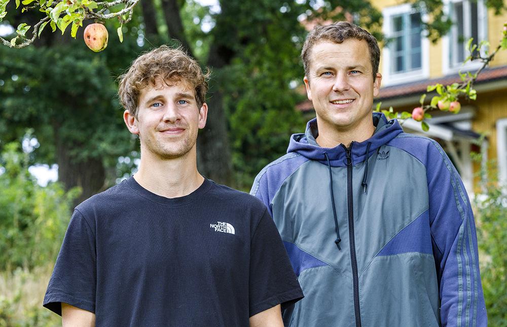 Viktor Lundberg och Anton Lyberg, socionomer på WeMind HVB. Foto: Gonzalo Irigoyen
